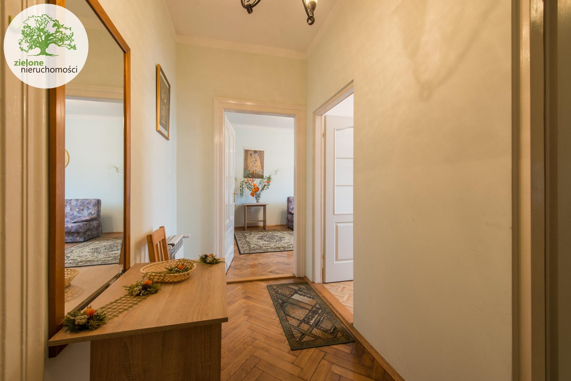 Zdjęcie 1Mieszkanie w kamienicy, w pobliżu Sfery