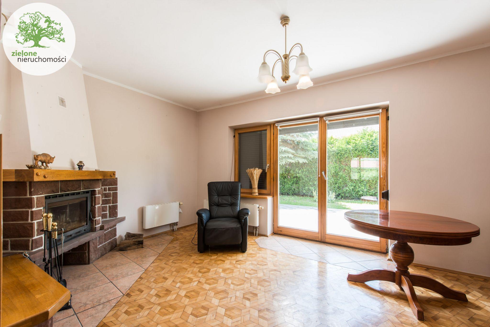 Zdjęcie 312 pokoi, dom dla dużej rodziny lub na firmę