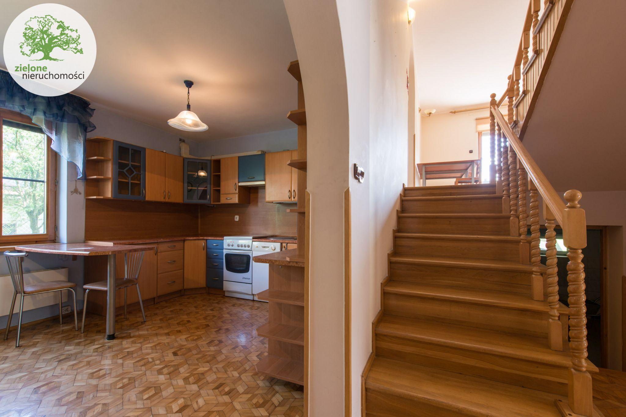 Zdjęcie 412 pokoi, dom dla dużej rodziny lub na firmę