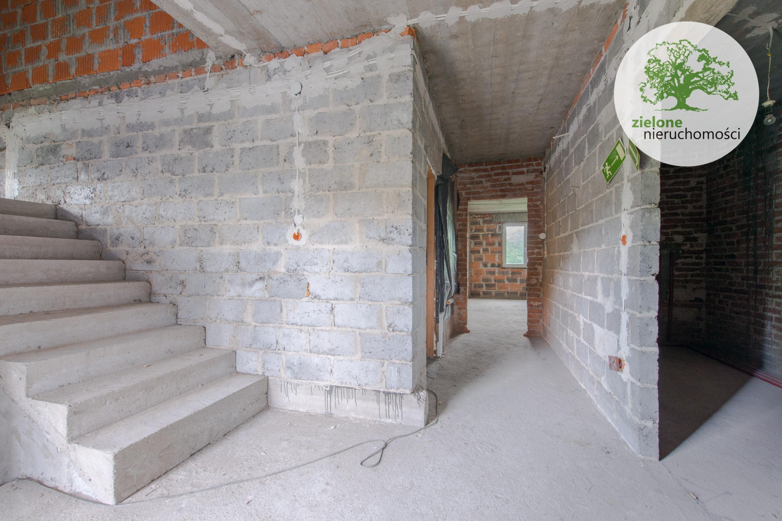 Zdjęcie 2Duży dom na działce 3700 mkw